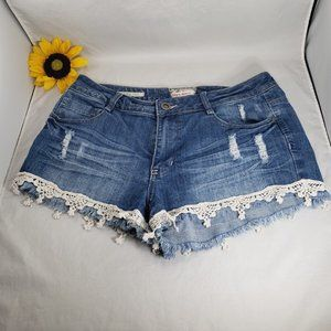 Hot Kiss CiCi Short Lace Trimmed Cutoffs 15